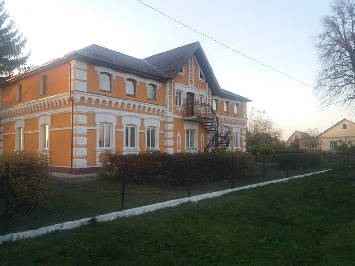 фото будівля школи мстишин